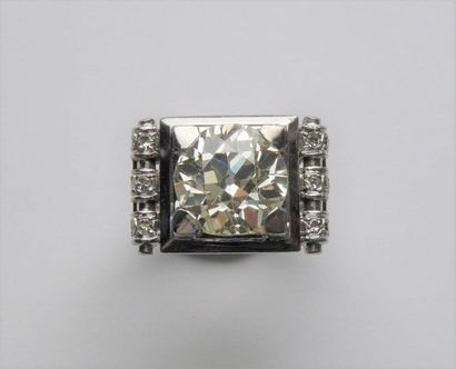 Bague Chevalière en or gris 18K (750/oo)...