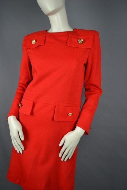 GIVENCHY Robe GIVENCHY en laine des années 80, taille 40/42, très bon état. doublure...