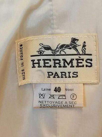HERMES Jupe de la maison HERMÈS en laine beige, taille 36/38. Excellent état. Longueur...