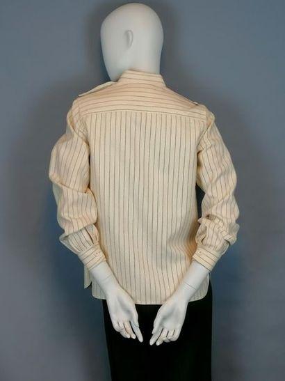 Guy LAROCHE Veste de la maison GUY LAROCHE des années 60, en laine, taille 36/38....
