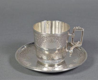 Tasse à café et sa soucoupe en argent (925...