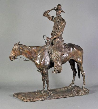 Paul TROUBETSKOY (1866-1938) D'après. Working cowboy / Le gaucho à cheval, 1911 Bronze d'édition à patine brune-verte Signé et daté sur la terrasse Cachet de fondeur non identifié portant la mention « cire perdue » Fonte posthume 54,2 x 47 x 19 cm (socle)