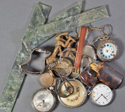 Petit lot de bijoux fantaisie , montres et...