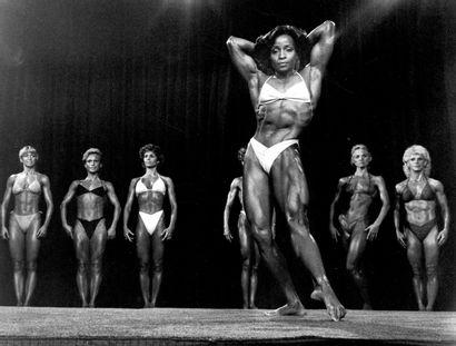 PUMPING IRON II : THE WOMEN