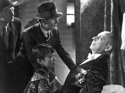 L'ALIBI Louis Jouvet, Erich von Stroheim et Foun-Sen, film de Pierre Chenal, 1937....