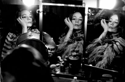 ANNIE GIRARDOT Photographie de Luc Fournol, 1965. Tirage argentique d'époque, tampons...