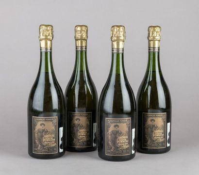 4 bouteilles CHAMPAGNE POMMERY Cuvée LOUISE...