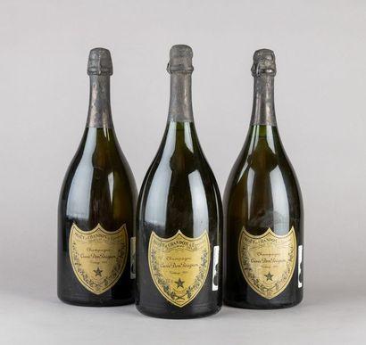 3 magnums CHAMPAGNE DOM PERIGNON 1976 Etiquettes...