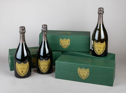 4 bouteilles CHAMPAGNE DOM PERIGNON 1988...