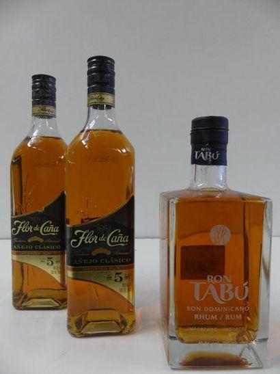 1 lot de 3 bouteilles : 1 Rhum Tabù Premium...