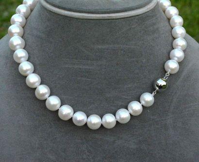 Très important collier perles de culture...