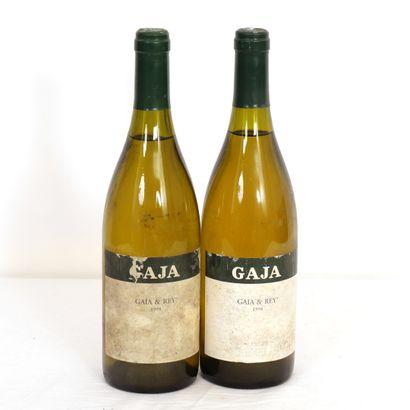 2 Btls Italie, GAJA & Rey 2001  HE, étiquettes...