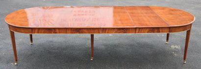 TABLE DE SALLE A MANGER DIRECTOIRE DE CHATEAU...