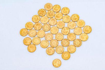 Lot de 40 pièces dont 39 pièces de 20 francs...