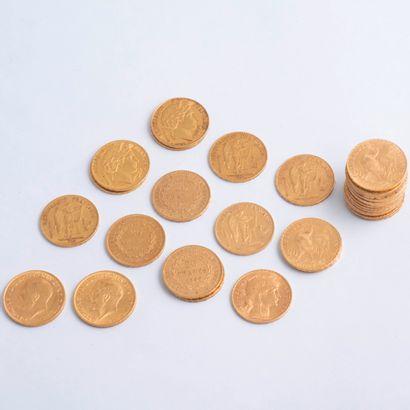 Lot de 30 pièces de 20 Francs or : une de...