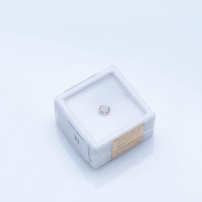 Diamant coussin sous scellé de 0,43 carat,...