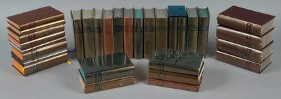 lot de 30 livres collection Pléiades