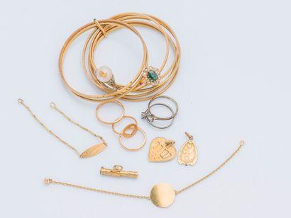 Lot de bijoux en or jaune 18 carats (750...