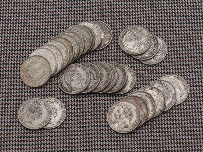 Lot de pièces en argent comprenant :  - trois...