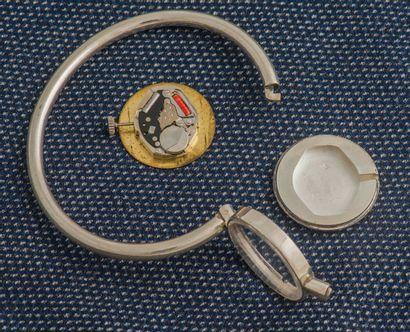 LERY – BOUVIER à Paris Bracelet montre rigide ouvrant en argent (925 ‰), le boîtier...