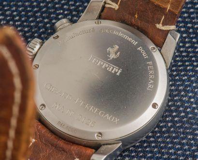 GIRARD PERREGAUX pour FERRARI Chronographe réf 2126, boîtier rond en acier, couronne...
