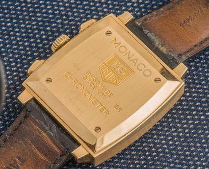 TAG HEUER Réédition du chronographe de pilote des années 1970 certifié chronomètre....