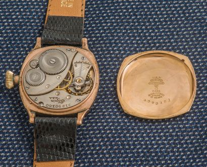 ELGIN Montre bracelet en or rose 18 carats (750 ‰) le boîtier de forme coussin à...