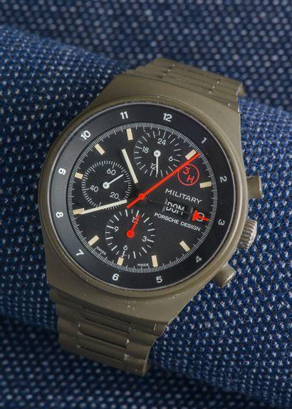 PORSCHE DESIGN, vers 1980 Chronographe militaire réf 7177 fabriqué par Orfina pour...