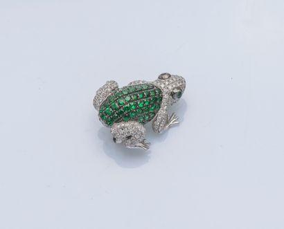 Petite broche grenouille en or gris 18 carats...