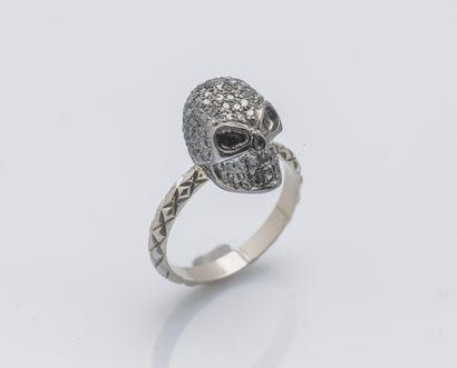 Bague memento mori en or gris 18 carats (750...