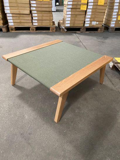 Table basse modèle Satomi en bois et tatami...