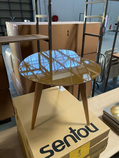 2 coffee tables model Lalinde free form,...