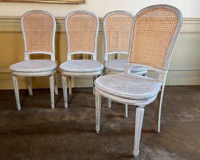 Suite de 4 chaises en bois naturel peint...