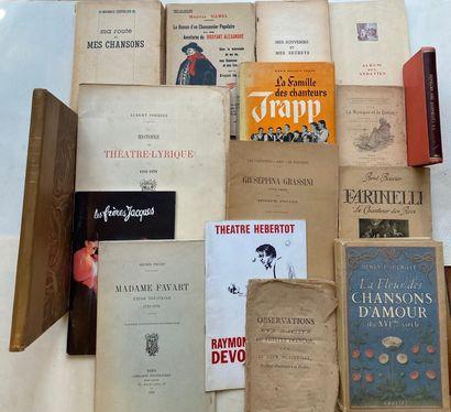 [SPECTACLES] Ensemble de livres sur les spectacles, les chansons. 16 volumes.