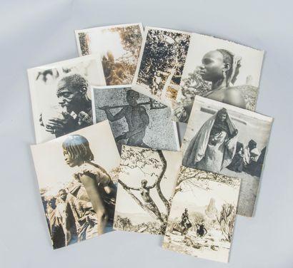 Lot de photographies des années 30 sur le...
