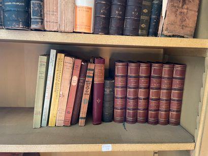 Lot de littérature dont Thierry. Histoire des Gaules (1870, 2 volumes reliés), Histoire...