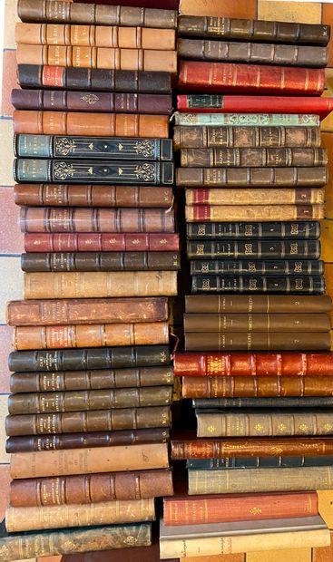 [LITTÉRATURE 2] Ensemble de 50 volumes r...