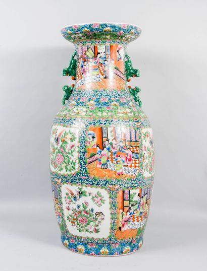 Chine, XIXème  Importante potiche de forme...
