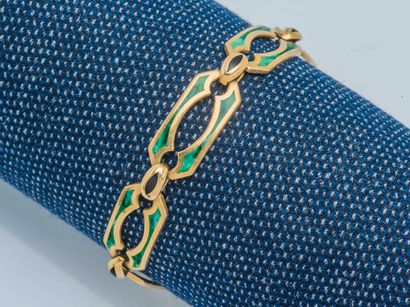 Bracelet formant gourmette en or jaune 18...