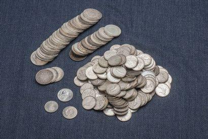 Lot de pièces en argent comprenant : 1 pièce...
