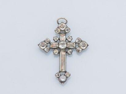 Pendentif croix en argent (800 ‰) rehaussée...