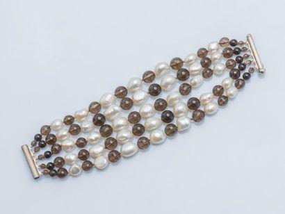 Bracelet cinq rangs en chute de perles de...