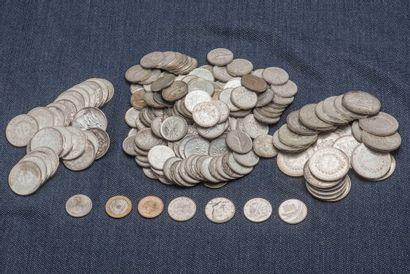 Lot de pièces en argent comprenant : 25 pièces...