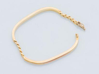 Bracelet en or jaune 18 carats (750 ‰) composé...