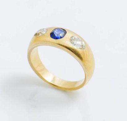 Bague jonc en or jaune 18 carats (750 millièmes)...