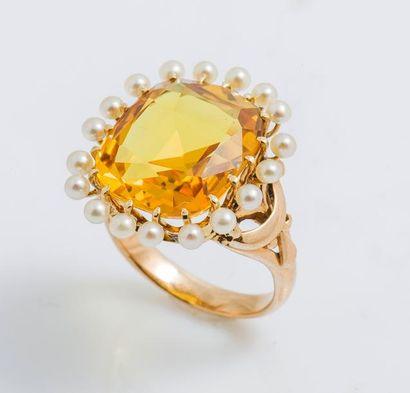 Bague en or jaune 14 carats (583 millièmes)...