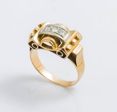 Bague pont en or jaune et en or gris 18 carats...
