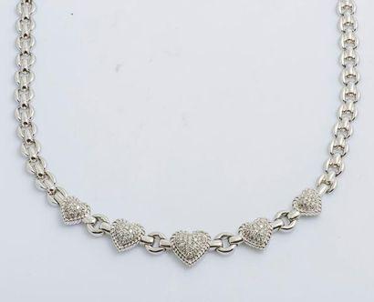 Collier en or gris 18 carats (750 millièmes)...