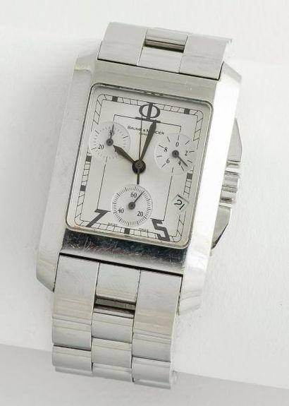 BAUME ET MERCIER vers 2000  Chronographe «Milleis» de forme rectangulaire curvex...
