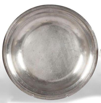 PLAT creux circulaire en argent à bordure...